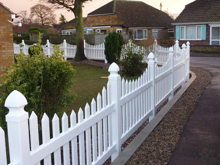 Vinyl Fencing Ltd. Plastic Fence